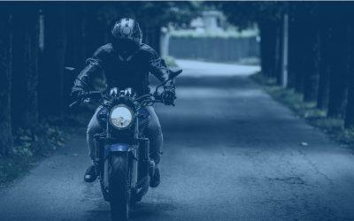 ADDITIONAL LIGHTING ON MOTORBIKE CLOTHING AND HELMET